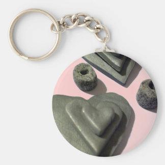 Corazones del amor del gris de plata llavero redondo tipo pin