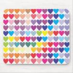 Corazones del arco iris alfombrillas de raton