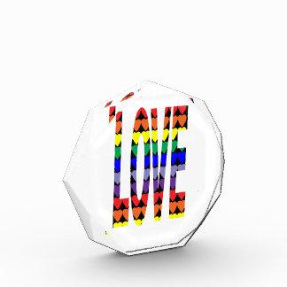 Corazones del arco iris del amor