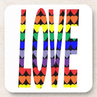 Corazones del arco iris del amor posavasos