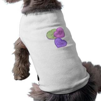 Corazones del caramelo camisa de perro