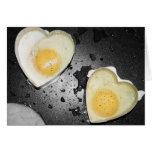 Corazones del huevo felicitación