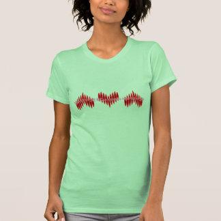 Corazones del kajak de la tarjeta del día de San T-shirt