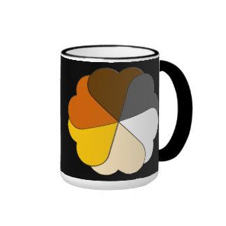 Corazones del orgullo del oso taza a dos colores