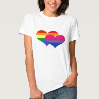 Corazones del pastel del orgullo del BI de LGBT Playera