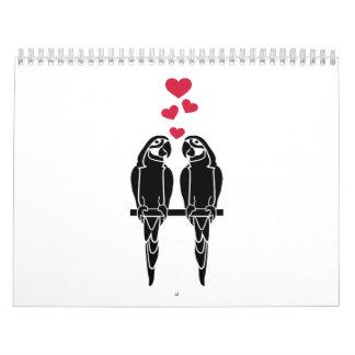 Corazones del rojo del amor de los loros calendario
