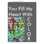 Corazones desconcertados coloreados tarjetas