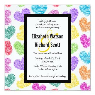 Corazones dibujados mano vibrante que casan la invitación 13,3 cm x 13,3cm