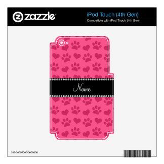 Corazones e impresiones rosados conocidos skins para iPod touch 4G