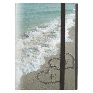 Corazones en la playa, personalizado de la arena