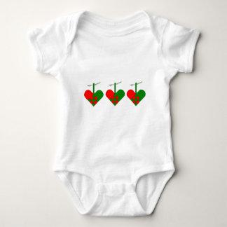 Corazones escandinavos del navidad body para bebé