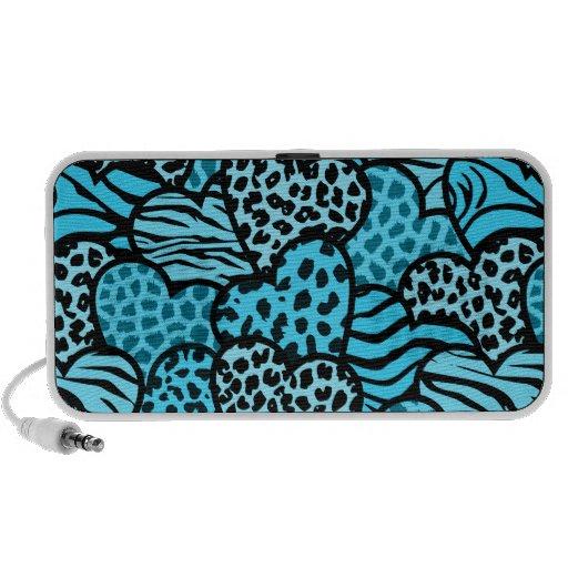 Corazones femeninos azules y negros del estampado  iPod altavoces
