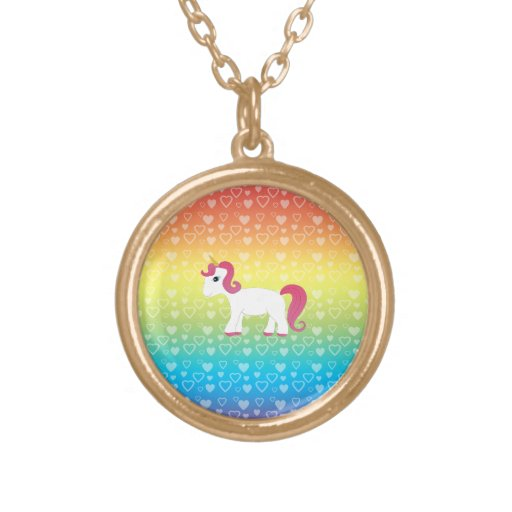 Corazones lindos del arco iris del unicornio colgante redondo