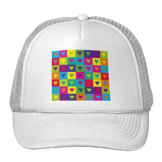 Corazones multicolores gorro