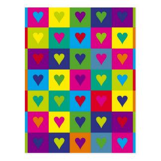 Corazones multicolores postales