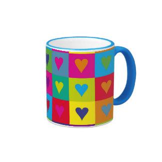 Corazones multicolores taza de café
