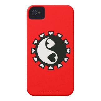 CORAZONES NEGRO Y BLANCO DE YIN YANG iPhone 4 Case-Mate PROTECTOR
