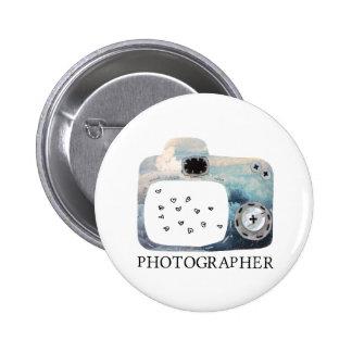 Corazones nublados de la cámara del fotógrafo pin
