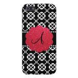 Corazones ornamentales negros del monograma iPhone 5 protectores
