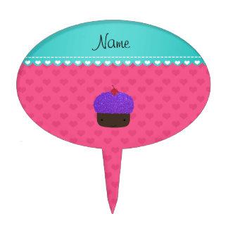 Corazones púrpuras conocidos personalizados del decoración de tarta