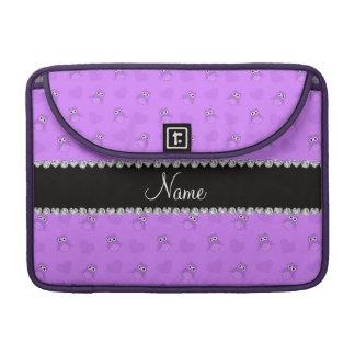 Corazones púrpuras en colores pastel conocidos per funda para macbook pro