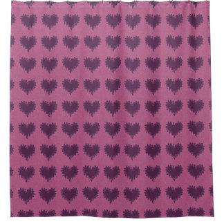 Corazones púrpuras en la cortina de ducha purpúrea cortina de baño