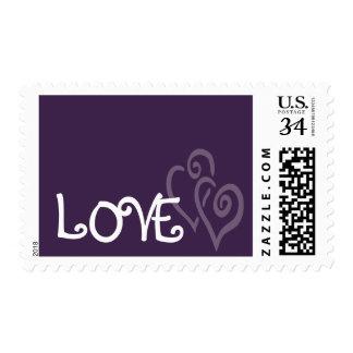 Corazones púrpuras oscuros del amor para casarse sellos postales
