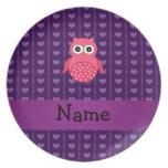 Corazones púrpuras personalizados del búho rosado  platos de comidas