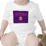 Corazones púrpuras personalizados del búho rosado  traje de bebé