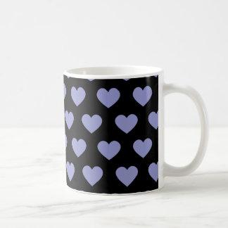 Corazones púrpuras violetas del lunar (fondo taza