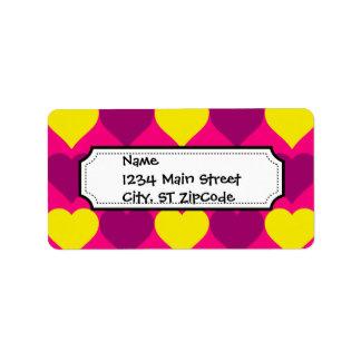 Corazones púrpuras y amarillos de la diversión en  etiquetas de dirección