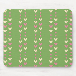Corazones retros rosa e isla justa rayada verde alfombrillas de ratón