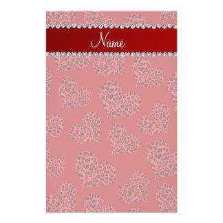 Corazones rojos conocidos personalizados del personalized stationery