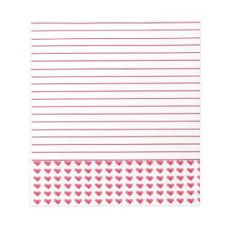 Corazones rojos de la acuarela alineados blocs de papel