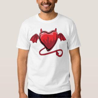 Corazones rojos del amor de los cuernos del diablo poleras