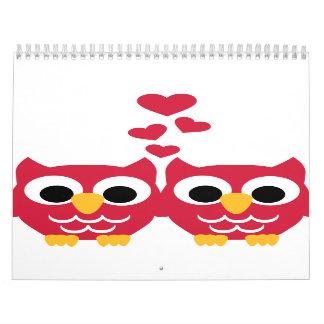 Corazones rojos del rojo de los búhos calendarios