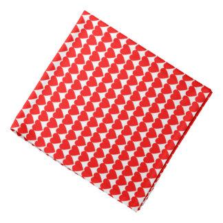 Corazones rojos en blanco bandana