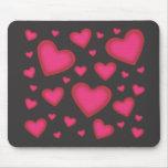 Corazones rosados de la tarjeta del día de San Val Tapetes De Ratón