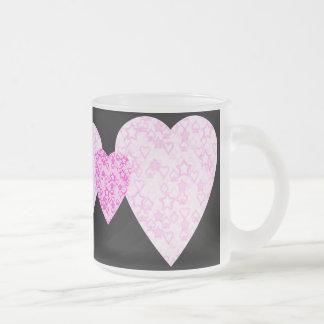 Corazones rosados. Diseño modelado del corazón Taza De Café