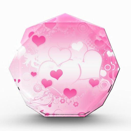 Corazones rosados encantadores caprichosos de enca