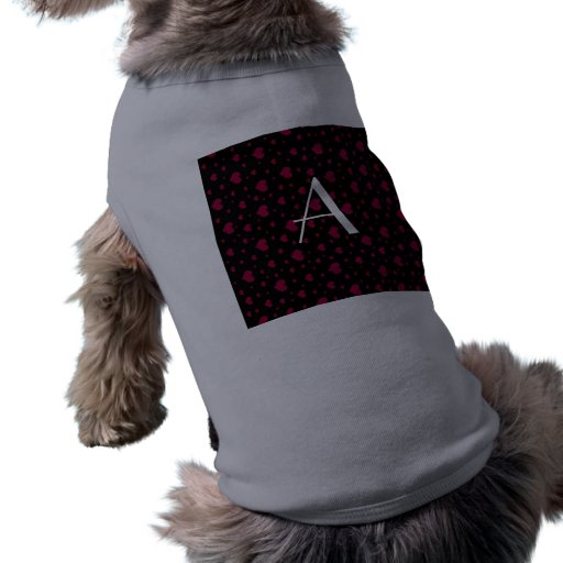 Corazones rosados negros del monograma camisas de mascota