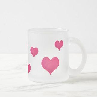 Corazones rosas taza de café esmerilada