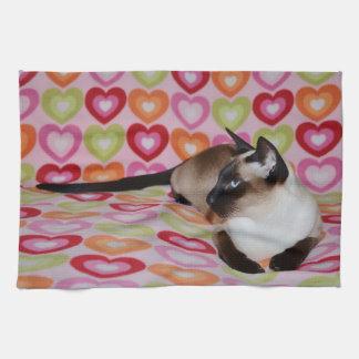 Corazones soñadores del gato siamés toallas