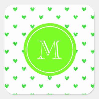 Corazones verdes claros del brillo con el pegatina cuadrada