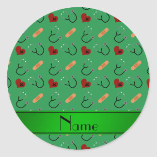 Corazones verdes conocidos personalizados del pegatina redonda