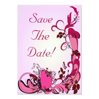 Corazones y flores rosados que casan reserva la invitación 12,7 x 17,8 cm