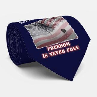 Corbata conmemorativa que honra el soldado o al