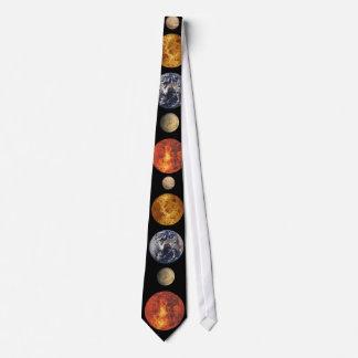 Corbata de los planetas