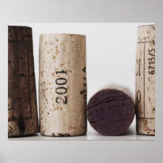 Corchos del vino con las fechas posters