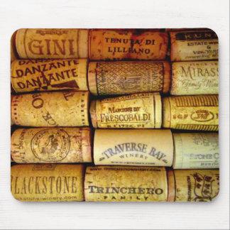 Corchos del vino del viñedo tapete de ratones